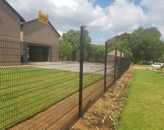 welded mesh fence with electric fence