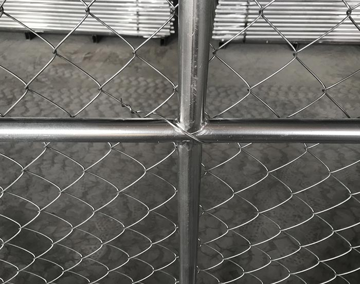 Cross weldig for Chain link temporary fence