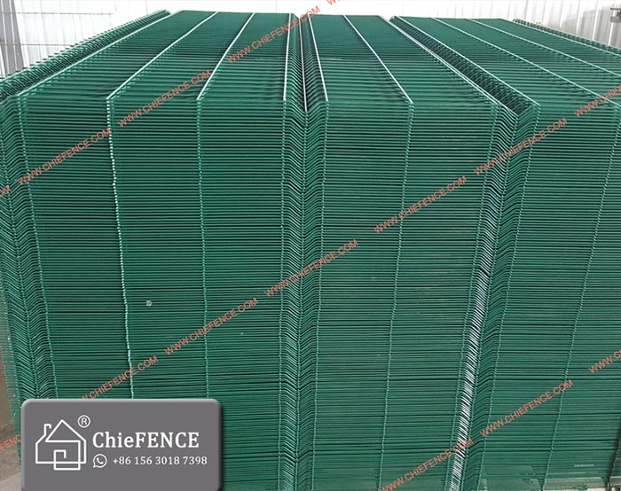 Green Color welded mesh fence