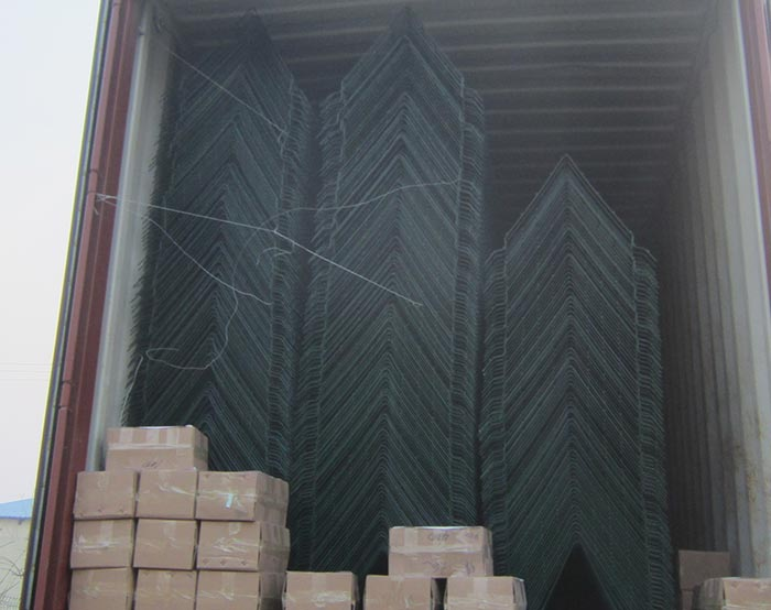 Airport fence-V panel shipping