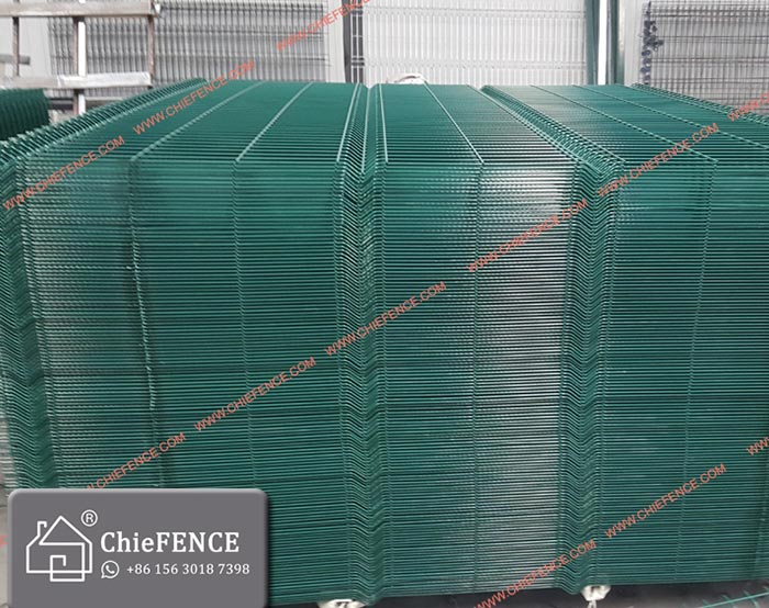 Straight panel for Airport fence