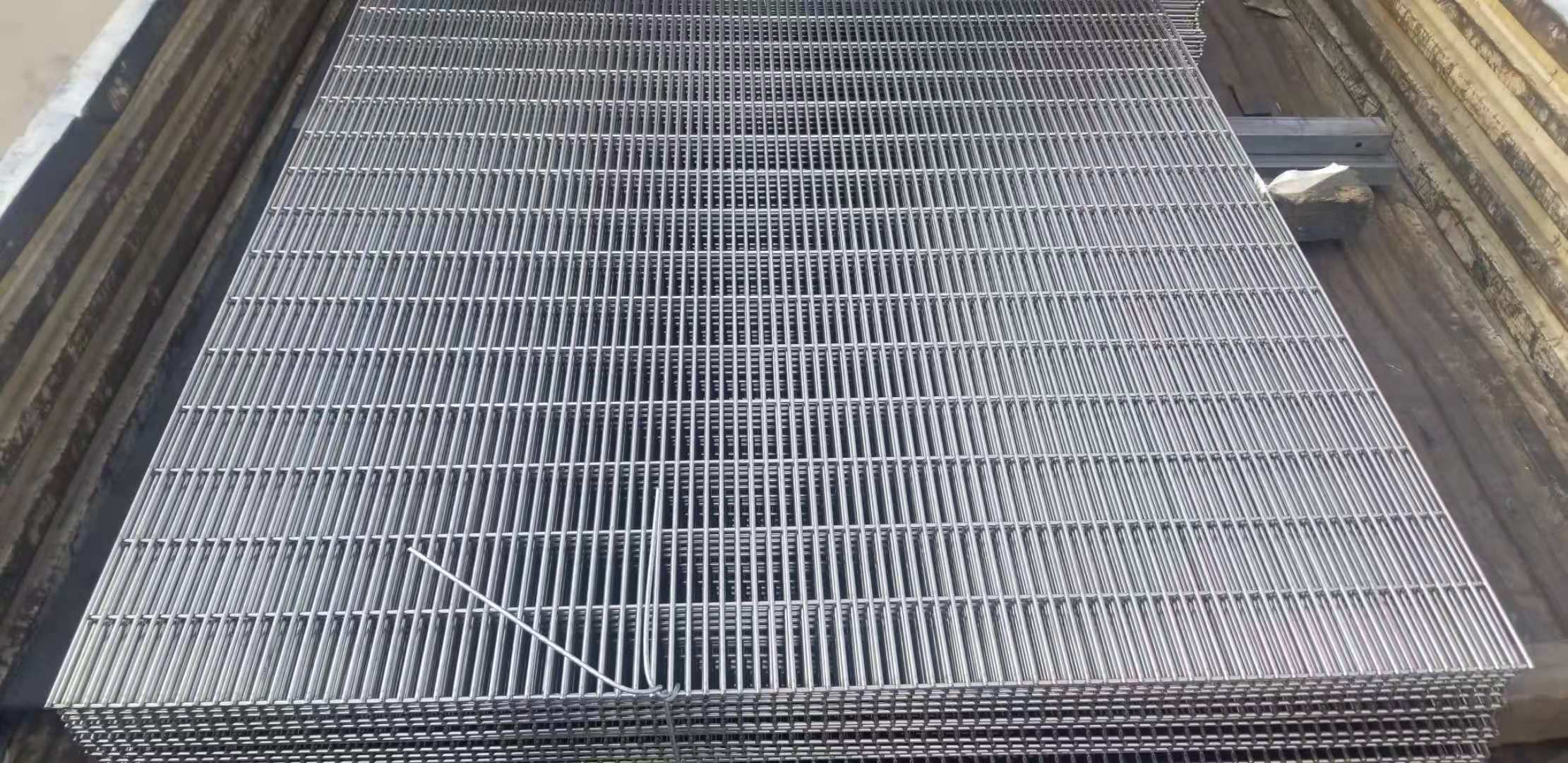Stainless steel-high security fence