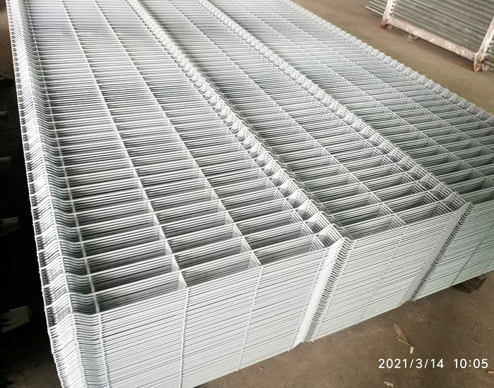 welded mesh fence photos